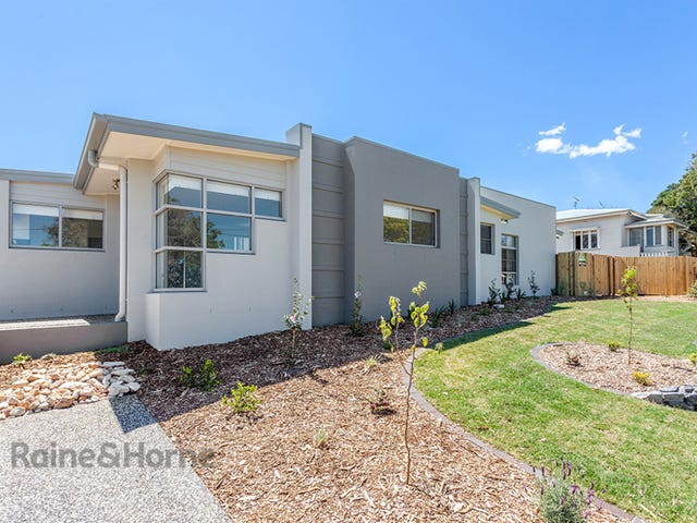 2/7 Gentle Street, North Toowoomba, Qld 4350