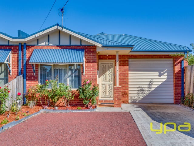 2/17 Minogue Crescent, Hoppers Crossing, Vic 3029