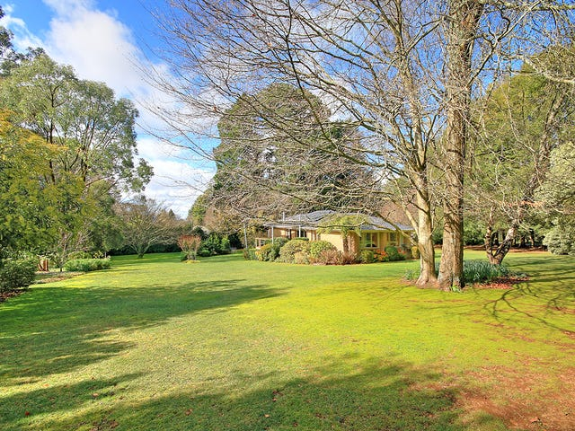 8 Toorak Road, Mount Dandenong, Vic 3767