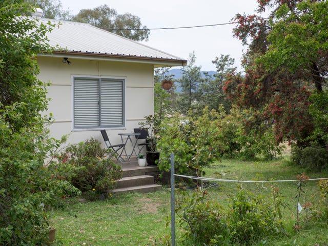 42 Yarrol Road, Tamworth, NSW 2340