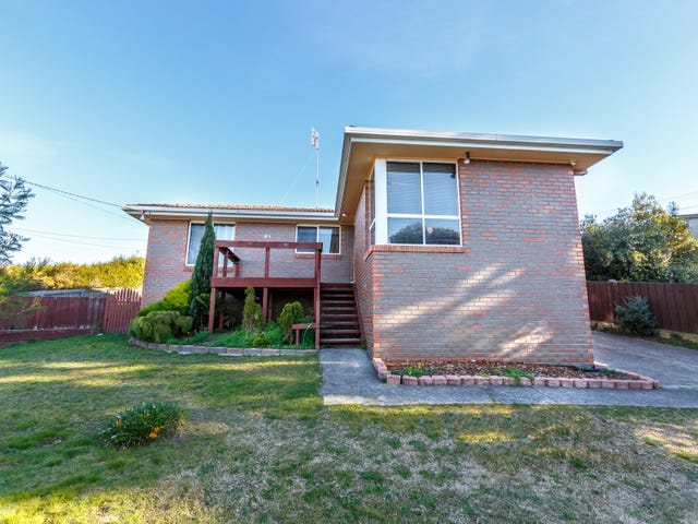 64 Lake Vue Parade, Midway Point, Tas 7171