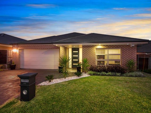 44 Hadley Circuit, Beaumont Hills, NSW 2155