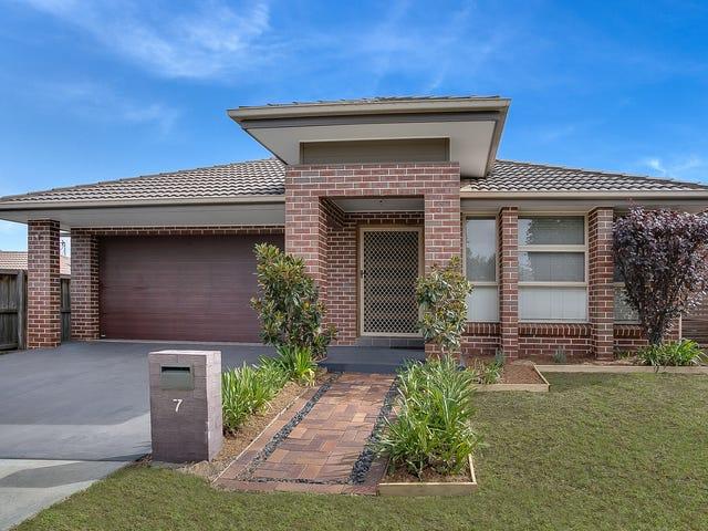 7 Faverolle Drive, Spring Farm, NSW 2570