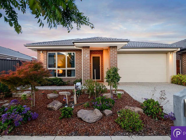 3 Amesbury Way, Clyde North, Vic 3978