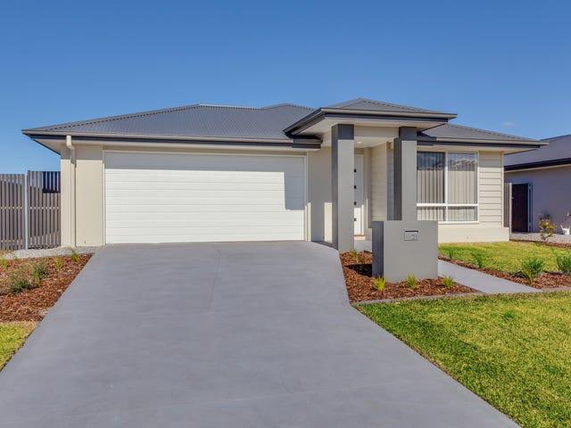 21 Uralla Street, Fern Bay, NSW 2295