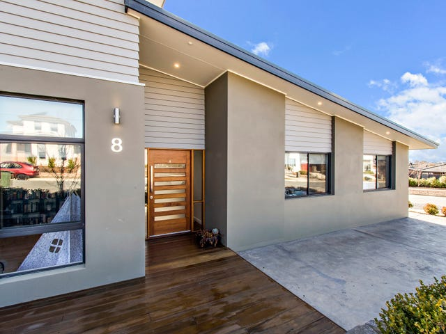 8 James McAuley Crescent, Wright, ACT 2611
