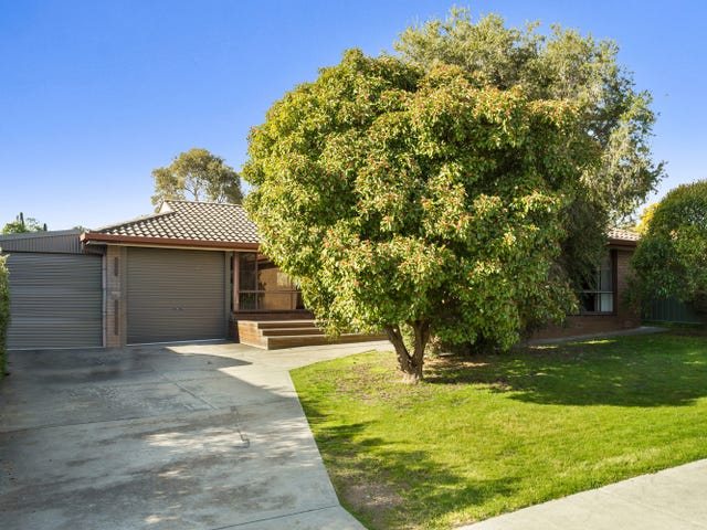 149 St Aidans Road, Kennington, Vic 3550