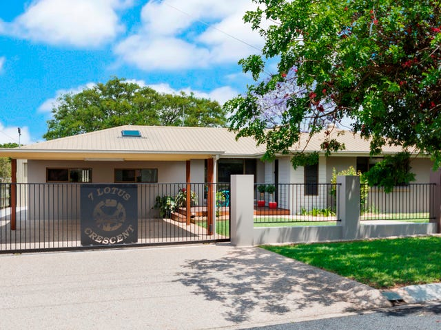7 Lotus Crescent, Centenary Heights, Qld 4350