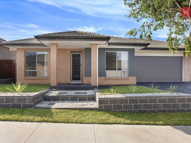 14 Hindle Street, Oran Park, NSW 2570