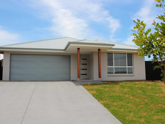 3 Eyre Crescent, Burrill Lake, NSW 2539