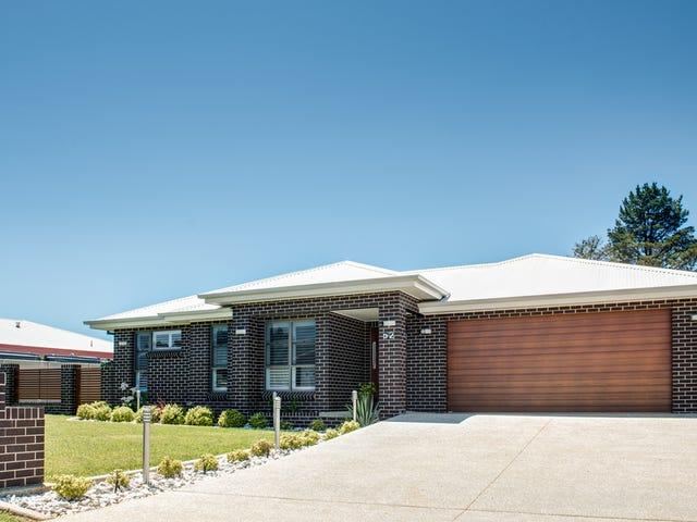 52 Moonstone Drive, Orange, NSW 2800
