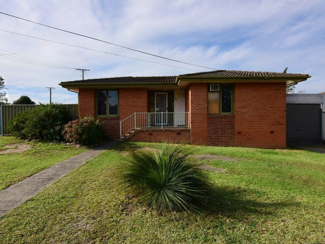 12 Alfred Street, Bomaderry, NSW 2541