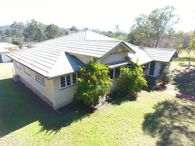 49 Middle Street, Esk, Qld 4312