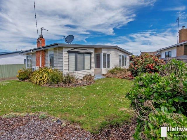 83 Nicholls Street, Devonport, Tas 7310