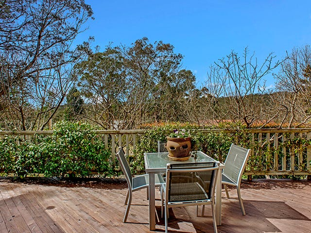 67 SIXTH AVENUE, Katoomba, NSW 2780
