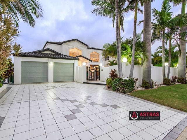 23 San Simeon Drive, Clear Island Waters, Qld 4226