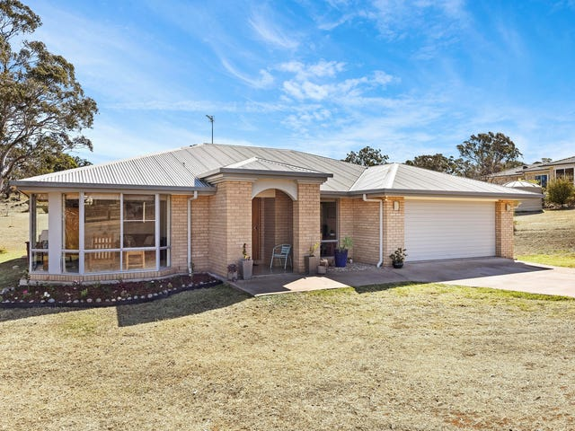 26 Settlers Drive, Gowrie Junction, Qld 4352