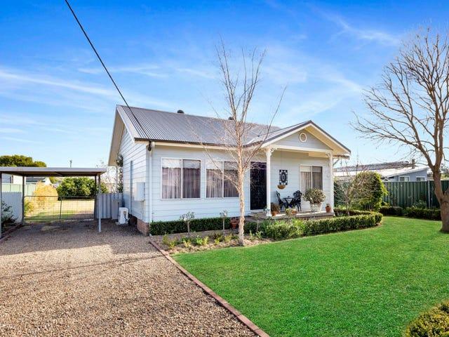 16 Price Street, Greta, NSW 2334