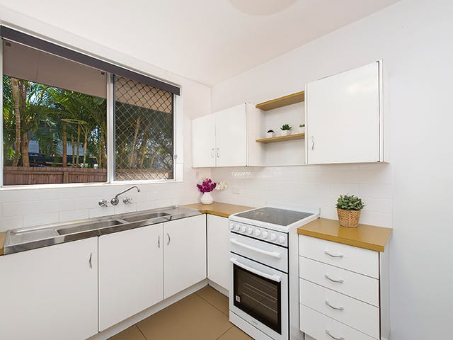2/33 DANSIE STREET, Greenslopes, Qld 4120