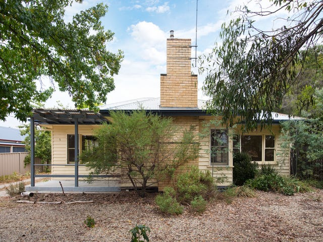 5 Maldon Road, Castlemaine, Vic 3450