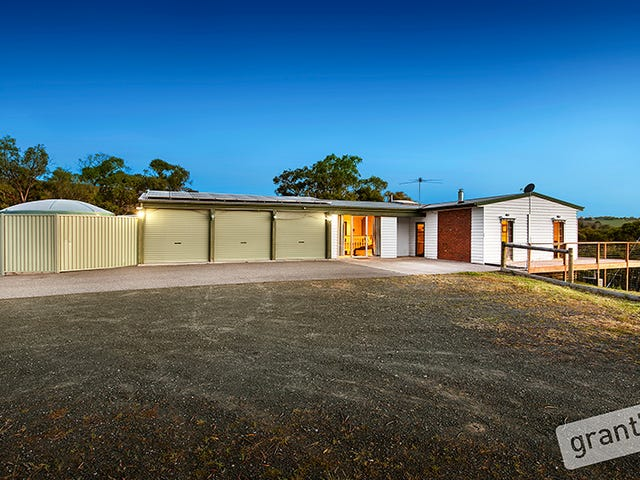979 Toomuc Valley Road, Pakenham Upper, Vic 3810