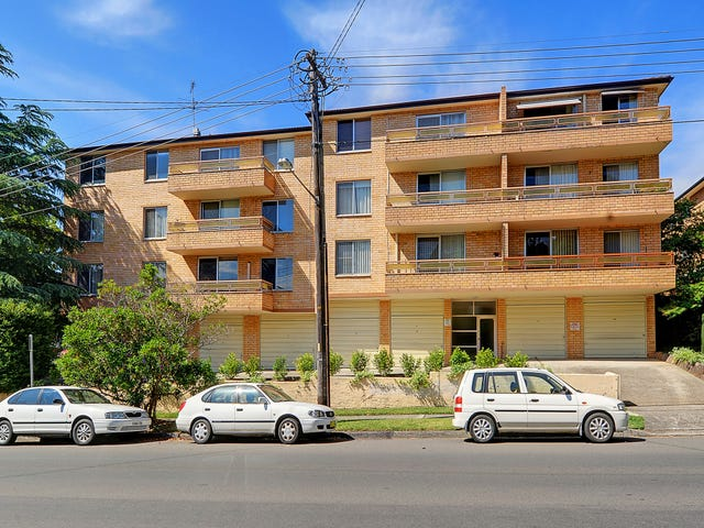 1/23-25 Sherbrook Road, Hornsby, NSW 2077