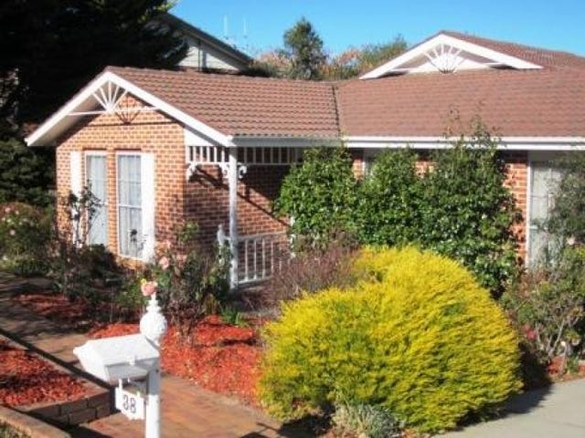 38 William Wilkins Cres, Isaacs, ACT 2607