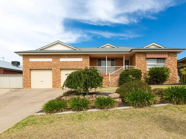 7 Lyndoch Place, Bourkelands, NSW 2650
