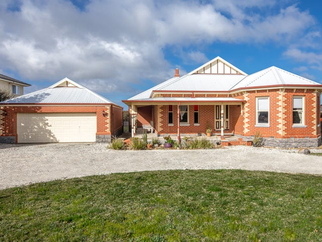 10 Cassandra Close, Gisborne, Vic 3437