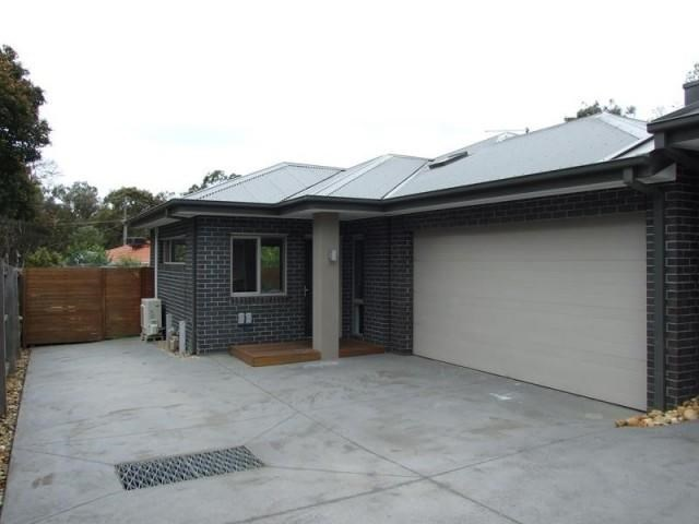 2/32 Russell Crescent, Boronia, Vic 3155