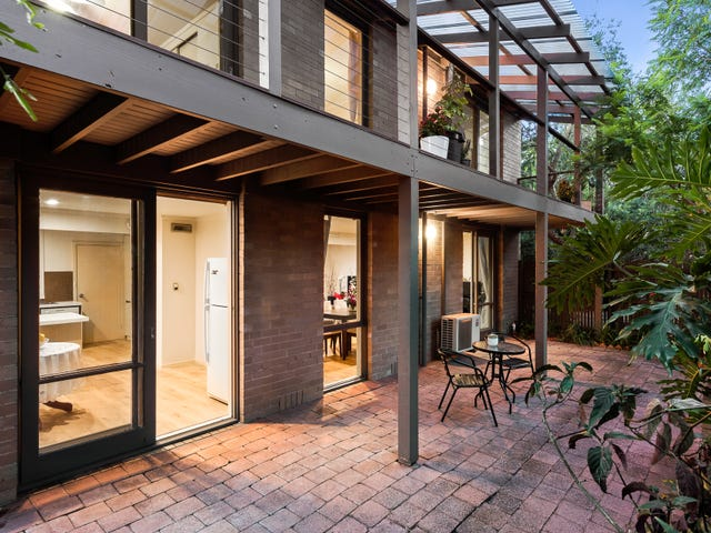 13/18 Peter Street, Doncaster East, Vic 3109