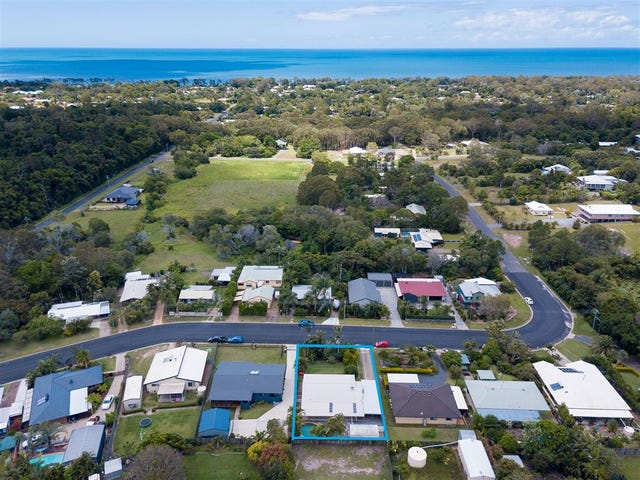 9 Carolyn Street, Dundowran Beach, Qld 4655