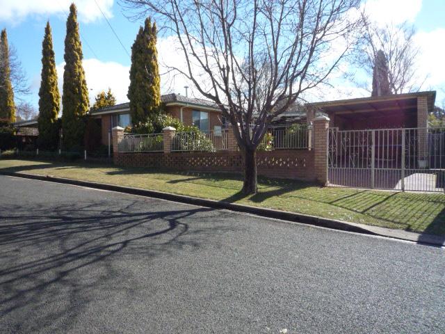 1 Monett Place, Orange, NSW 2800