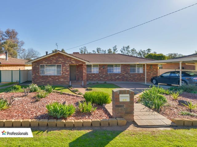 64 Cole Road, Tamworth, NSW 2340