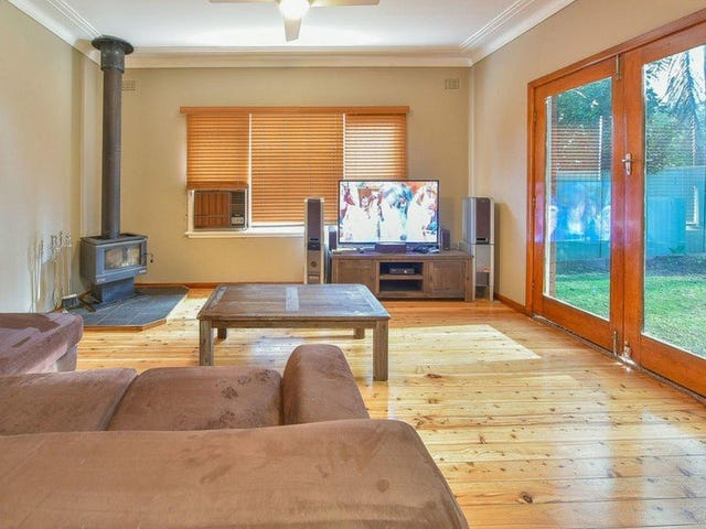 28 Brisbane Road, Campbelltown, NSW 2560