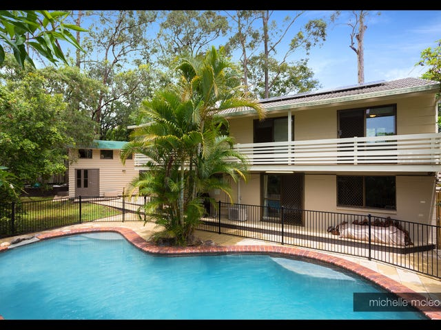 10 Tinbeerwah Place, Chapel Hill, Qld 4069