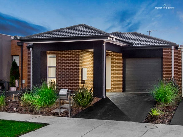 10 Pleven Rise, Clyde North, Vic 3978