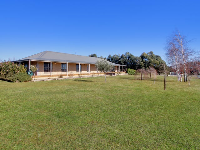 20 Croker Place, Crookwell, NSW 2583
