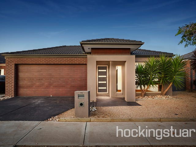 18 Gautam Grove, Melton West, Vic 3337