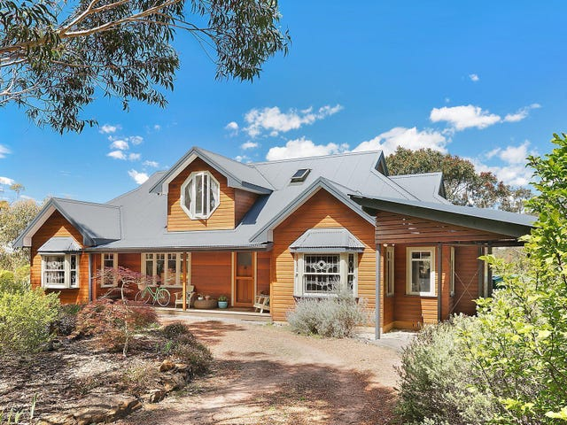 3 Lees Avenue, Wentworth Falls, NSW 2782