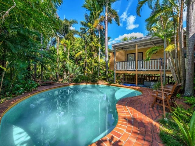 27 Spence Road, Wavell Heights, Qld 4012