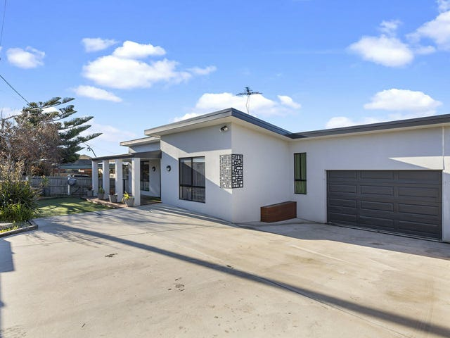 11 Second Avenue, Midway Point, Tas 7171