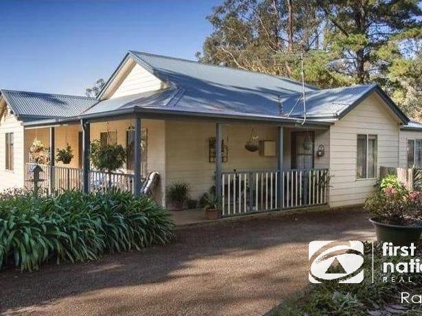 13 Seaview Road, Cockatoo, Vic 3781