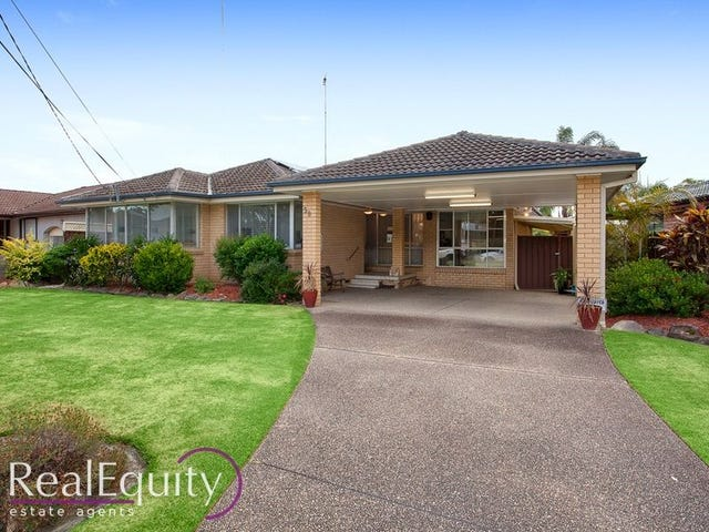 39 Lewin Crescent, Chipping Norton, NSW 2170