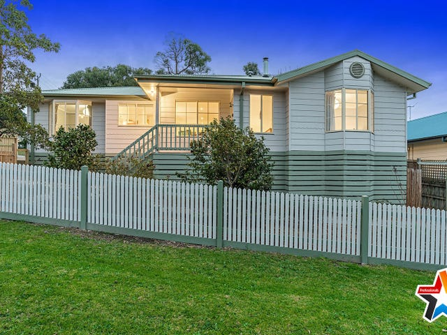 55 Fernhill Road, Mount Evelyn, Vic 3796