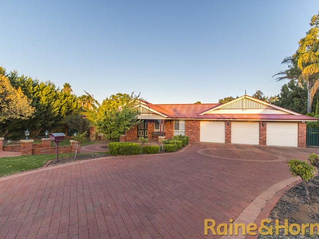 24 Clearwater Place, Dubbo, NSW 2830