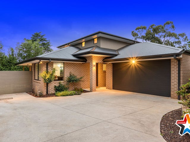12a Crown Point, Chirnside Park, Vic 3116