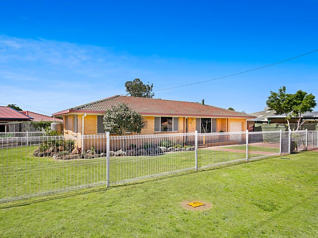 19 Corriedale Crescent, Harristown, Qld 4350