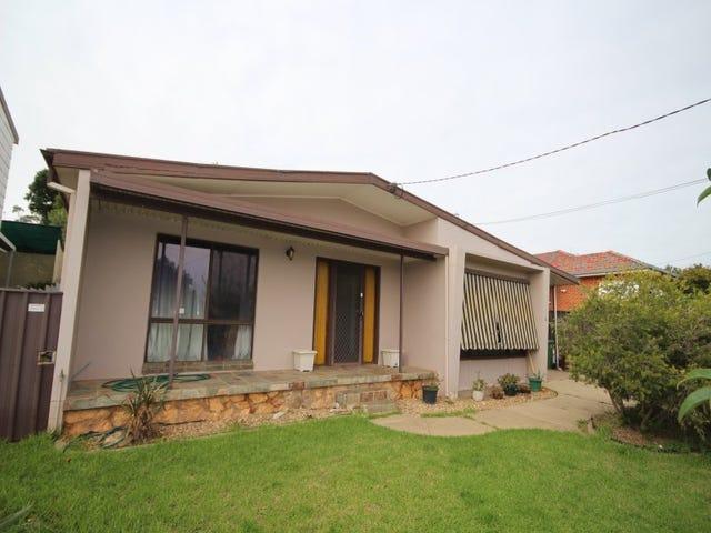 19 Waranga Ave, Mount Austin, NSW 2650