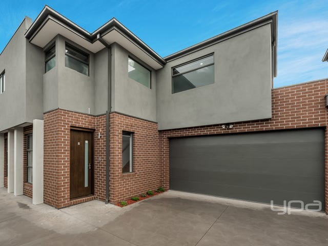2/3 Courtyard Way, Roxburgh Park, Vic 3064